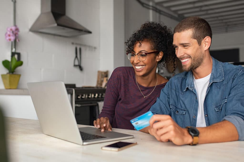 How to Choose an Online Payment Processing System for Your Nonprofit - feature - araize.com